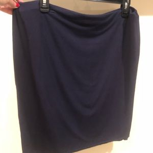 Vince Camuto navy elastic jersey skirt L